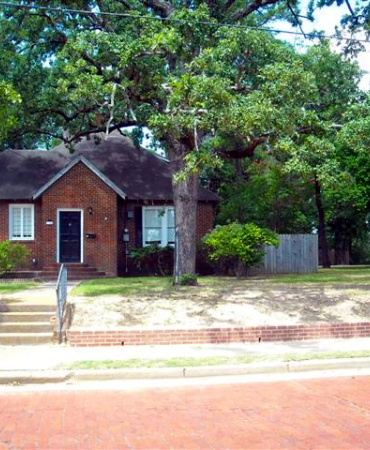 215 S Vine Avenue, Tyler, Texas 75702, ,House,For Rent,S Vine Avenue,1011