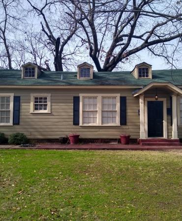 421 Sunny, Tyler, Texas 75702, ,House,For Rent,Sunny,1,1008